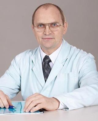 Завідувач відділенням д.м.н. Є.М Мателенок